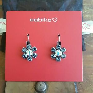 Sabika Facet Daisy Drop Earrings